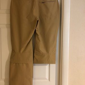 Patagonia Pants - Patagonia Borderless Zip-off Pants - NWT